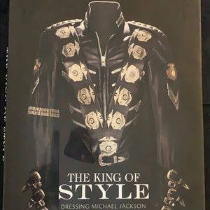 The king of style dressing Michael Jackson book